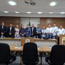 Câmara de Tibau do Sul recebe comitiva oficial da cidade irmã portuguesa, Nazaré.